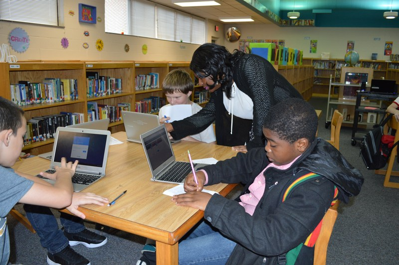 Innovation Spotlight: Media Centers transform into Learning Commons at ECPS middle schools Thumbnail Image