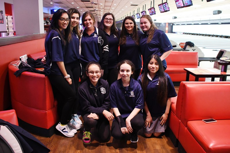 Girl's Varsity Bowling Advance To Catholic League Championship Match Featured Photo