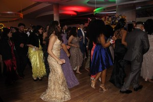 MHS students enjoying prom.