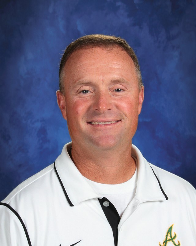Coach Mike Nichols Named Inspirational Coach of the Week Featured Photo