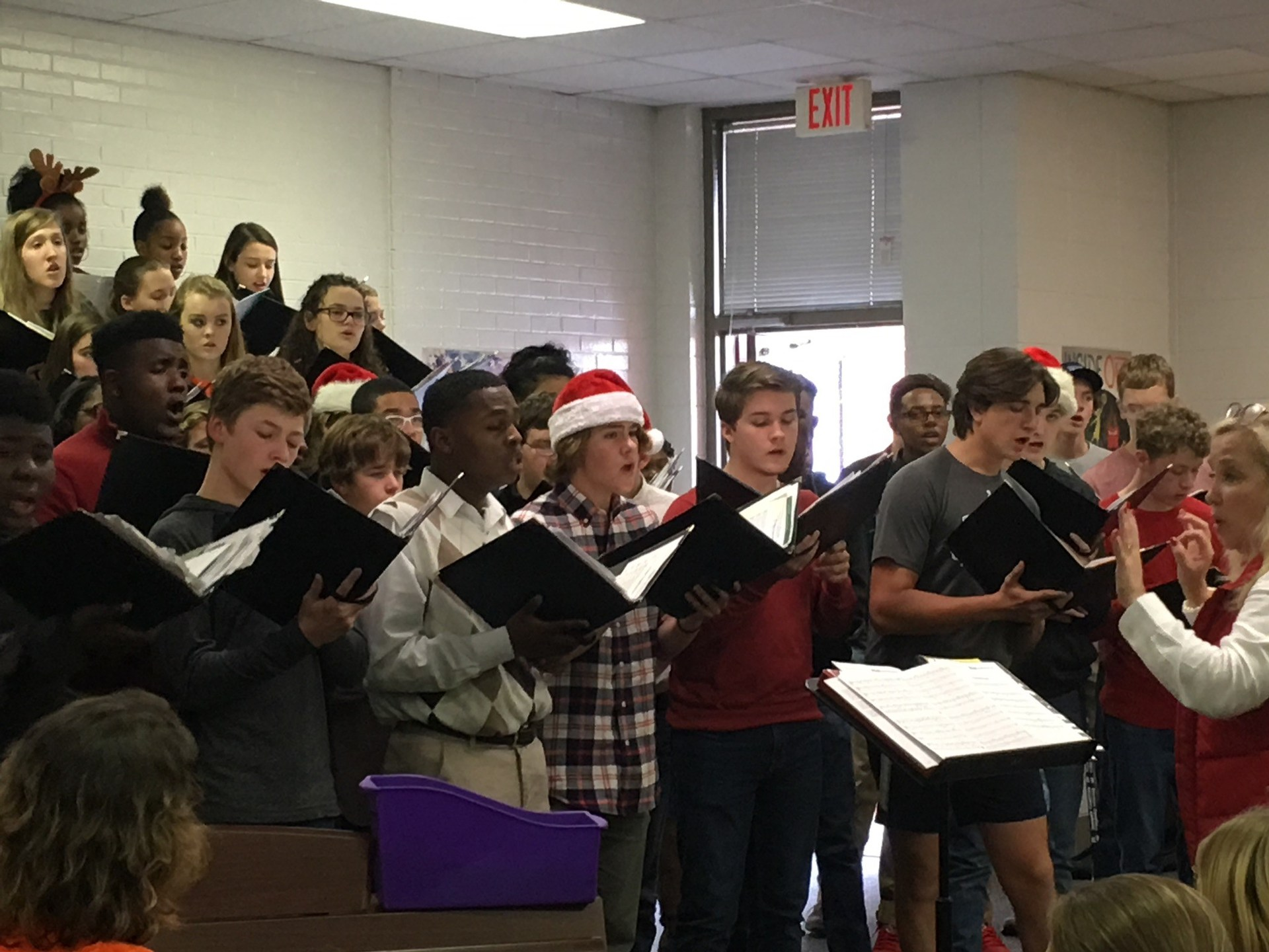 DHS Middle School Christmas Tour