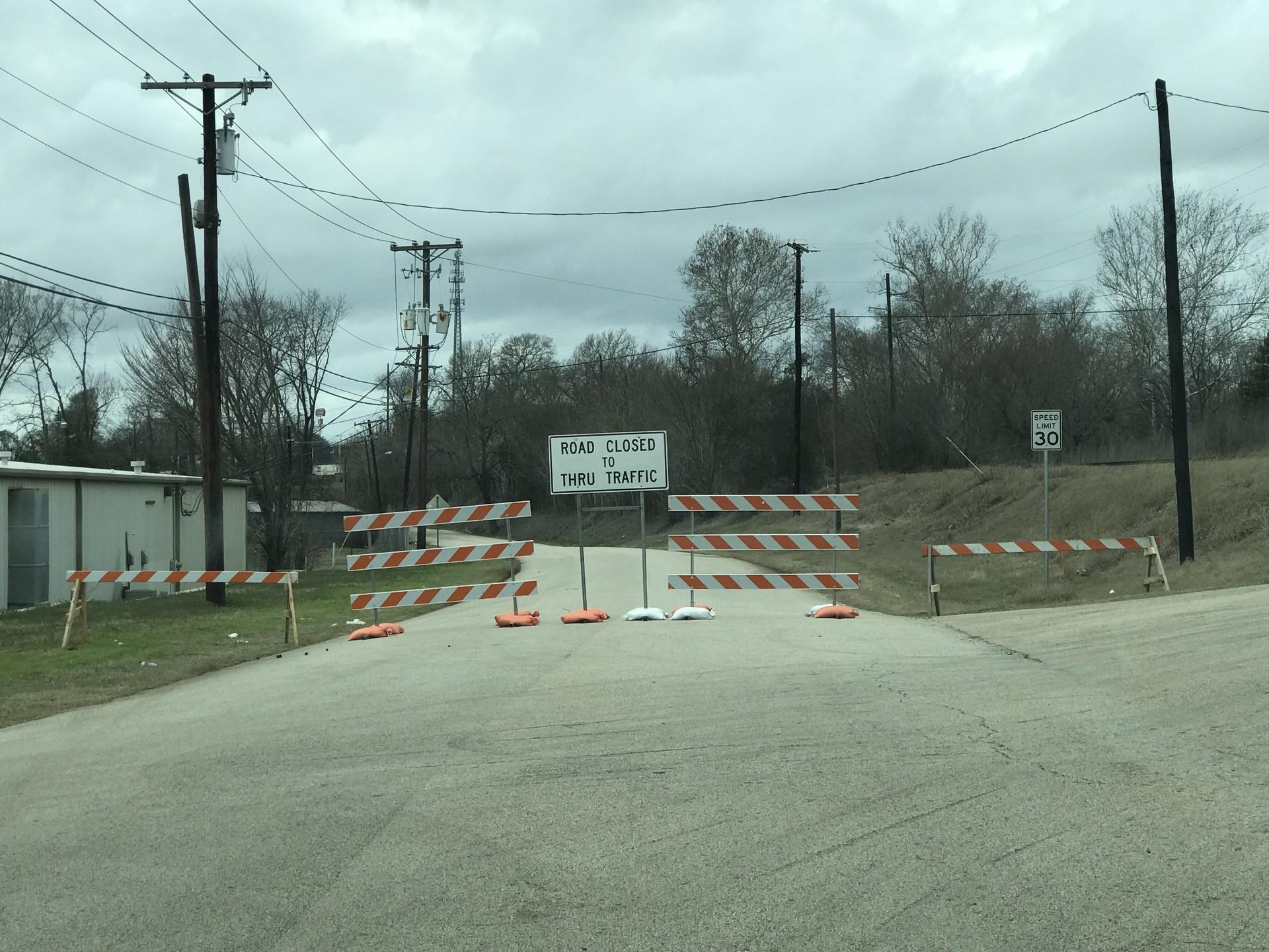 detour signs on wilson street