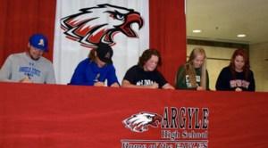 Seniors Signing Day