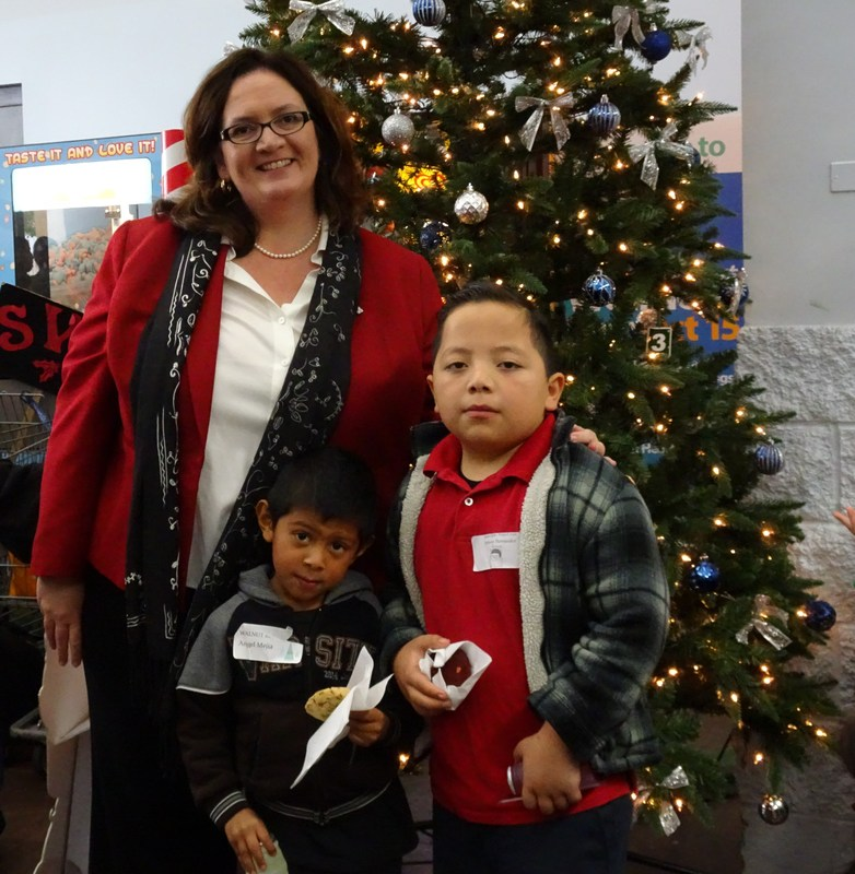 Baldwin Park Unified, collaborating with the City of Baldwin Park and community partners, is seeking donations for its 21st annual Santa Clothes Project, which will provide 300 students in need with a $50 shopping trip to Baldwin Park Walmart to purchase winter clothes.