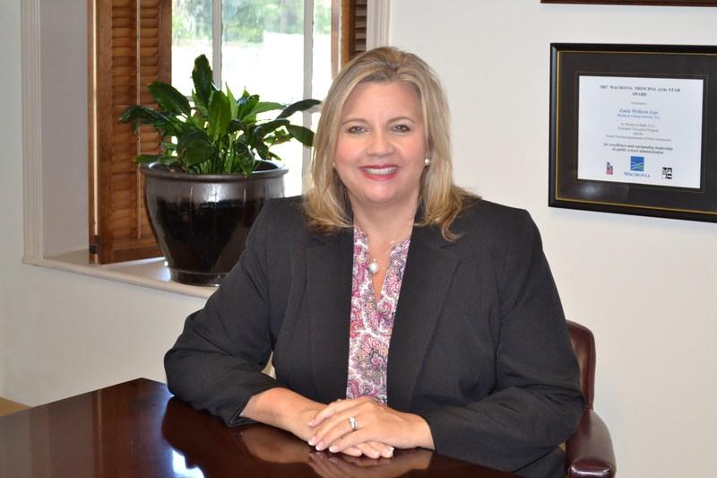 Dr. Emily Lipe