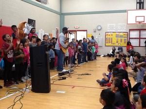 Musician SaulPaul visits Blake Manor Elementary