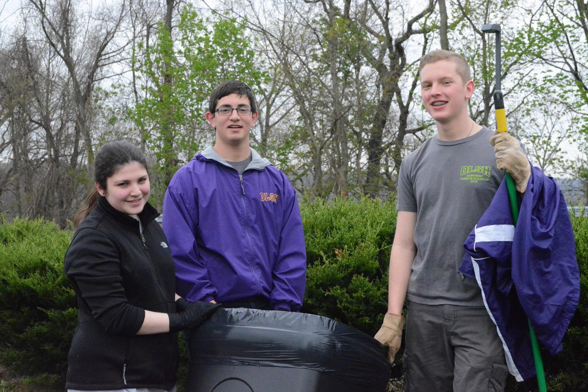campus clean up 2016