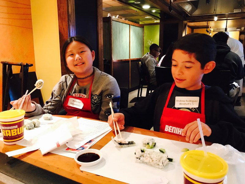 WVUSD Students Invited to Sushi-Rolling Lesson at Benihana Featured Photo