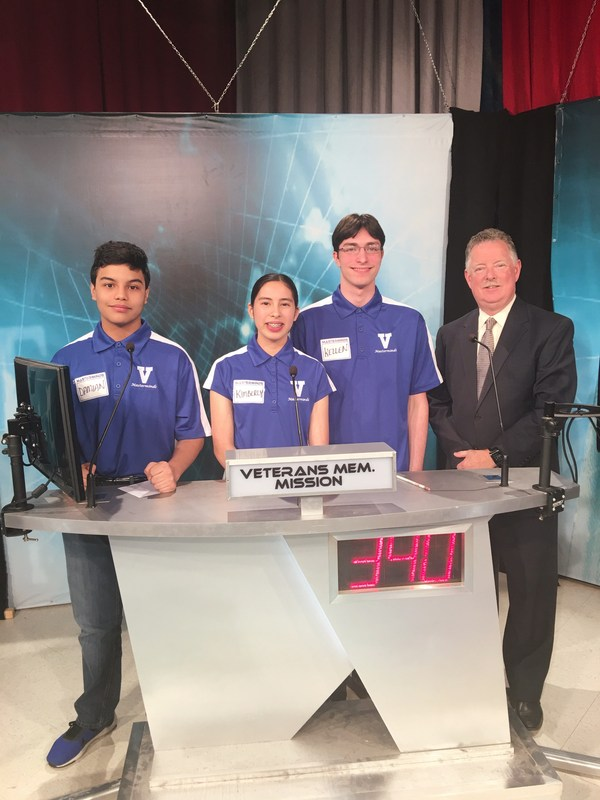 Veterans Memorial HS Masterminds team