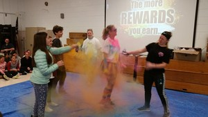 Chloe Krestchmer, Riley Morrow, Luke Werntz and Sayde Nichols color the principal 3.jpg