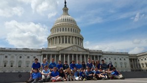 7th grade in front of Capitol.jpg