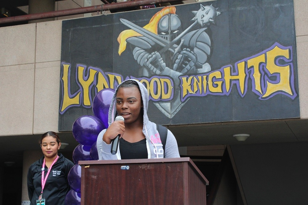 Lynwood Unified High School Students Band Together In Wake Of Presidential Election Results