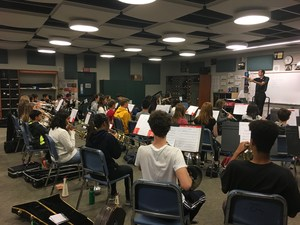Honor Band guest conductor practice