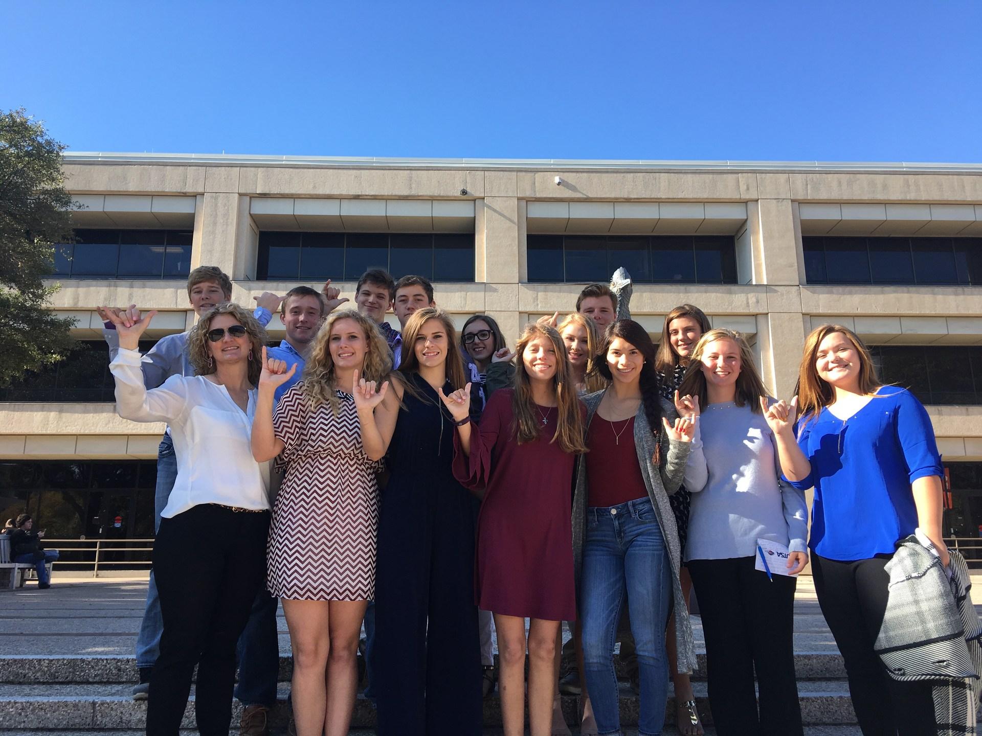Pioneers on UTSA campus tour