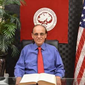 Oscar Lopez's Profile Photo