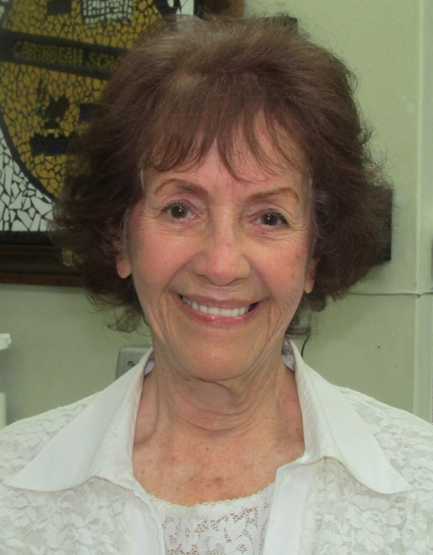 Gladys Gonzalez, Teacher Aide Thumbnail Image