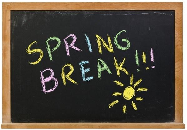 chalkboard with Spring Break written in chalk