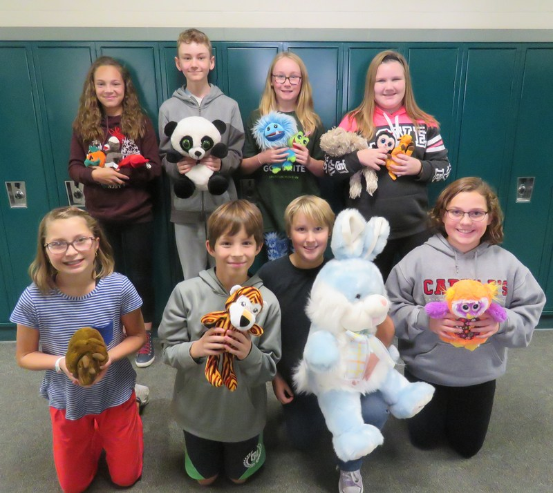 TKMS Teen Leadership students collect stuffed animals to donate.