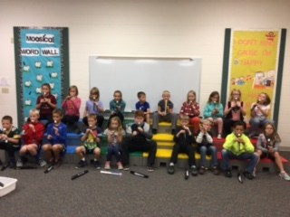 3rd graders playing recorders
