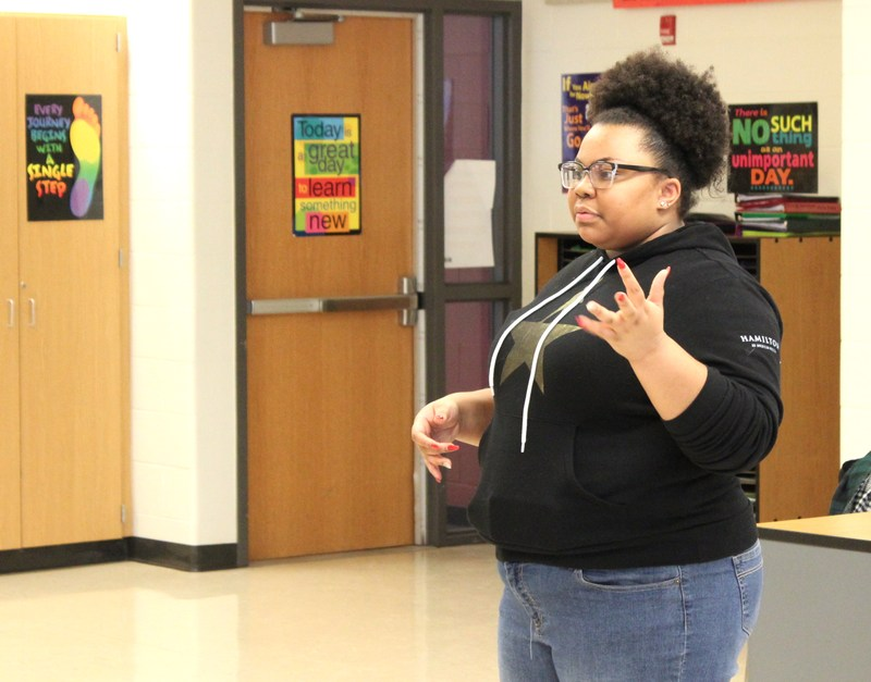 Harvey Grad Visits Heritage & Harvey To Motivate Students To Succeed Thumbnail Image