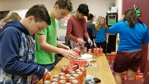 Student Council gets Crush Grams ready