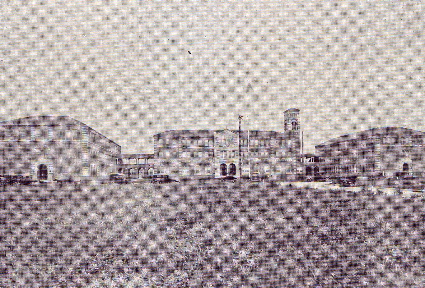 Garfield High 1925 - No houses