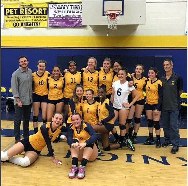 Wolverine's Girls Volleyball Team Moves On To Next Round Featured Photo
