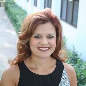 Julie Mills's Profile Photo