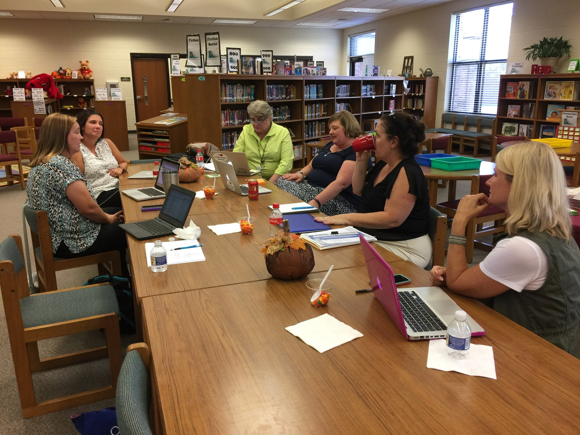 Elementary SLMCs meet to share and grow.