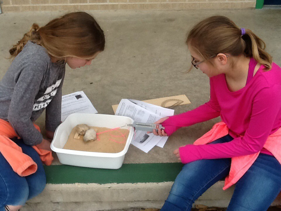 GT Students Testing Science Experiment