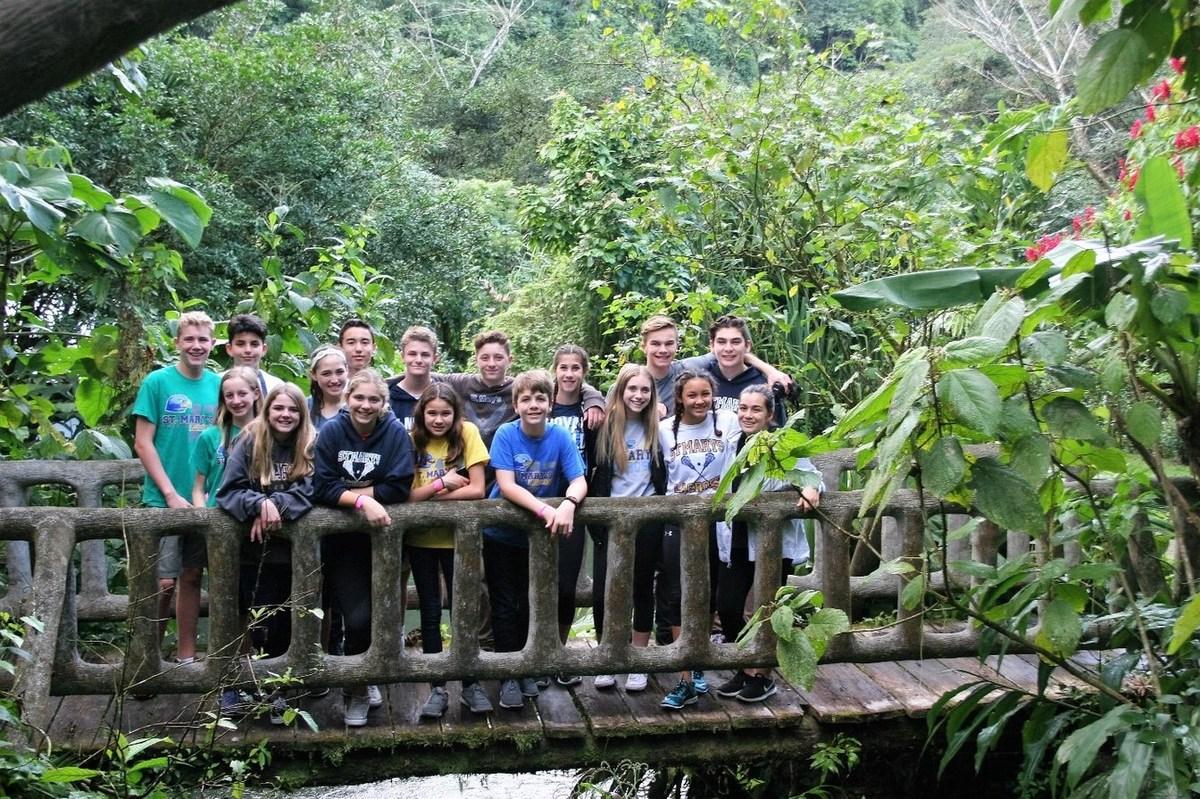 kids in Costa Rica on bridge