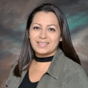 Regina Reyes's Profile Photo