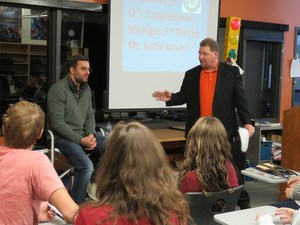 Congressman Justin Amash speaks with TKHS government students.