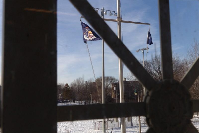 Main window on second deck