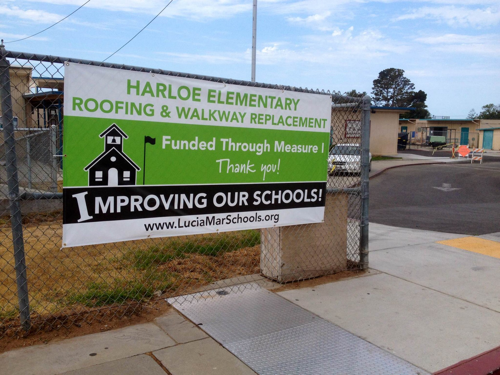 Harloe thank you sign