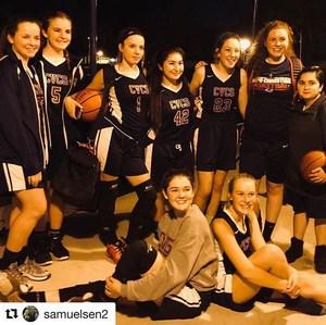 Girls Basketball - 2017-18.jpg