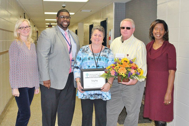 Mrs. King is awarded the Excellence in Teaching Award Featured Photo