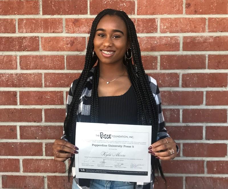 Santa Fe Senior Earns Posse Scholarship Featured Photo