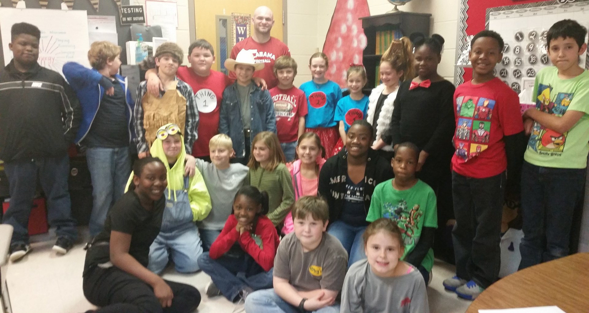 Taylor Morton speaks to 4th graders about the importance of reading.