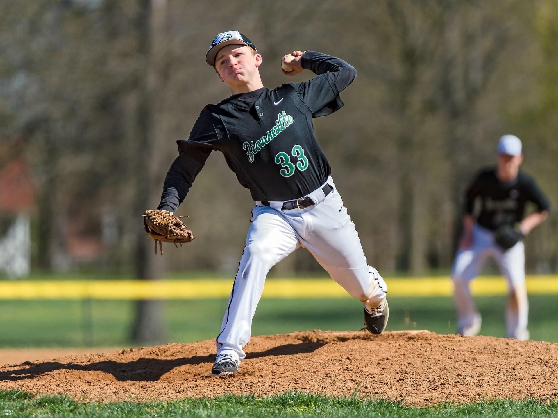 Freshman Garrett Williamson photo