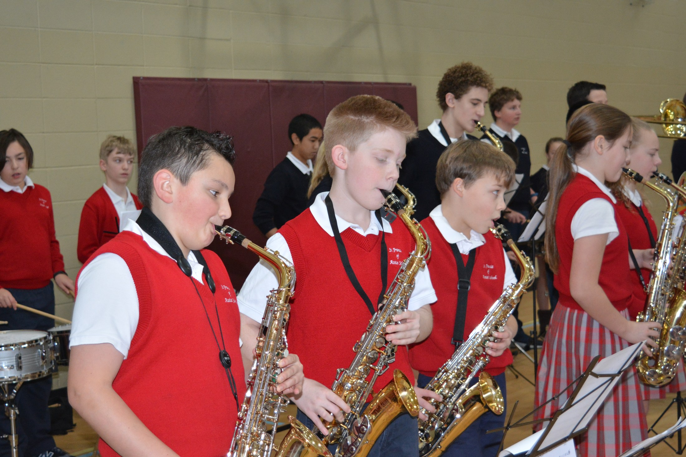 5th grade boys playing saxophone in the school band
