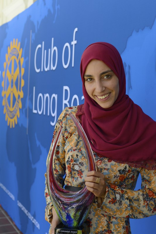 Yasmeen Azam receives largest scholarship in Foundation history! Thumbnail Image