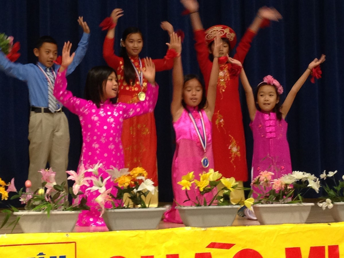 Westminster Vietnamese Language School at Warner Middle School
