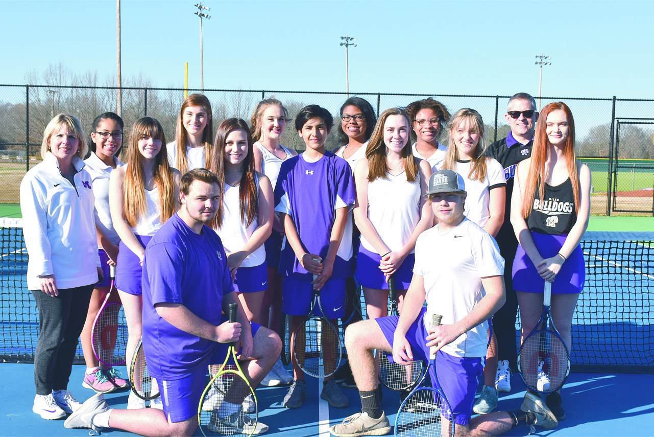 group photo of tennis team
