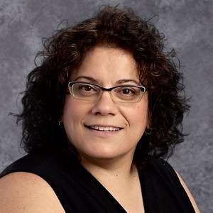 Elizabeth Manzella's Profile Photo