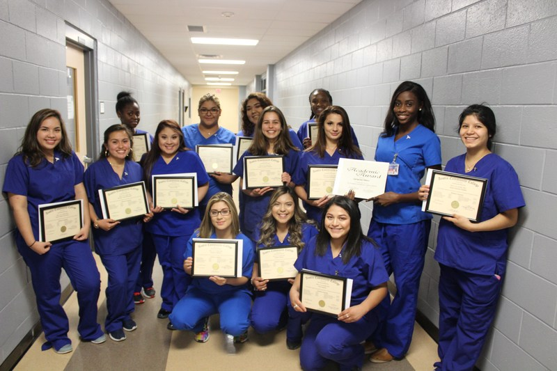 Nursing, Medical Assisting Students Recognized During Pinning Ceremony Thumbnail Image