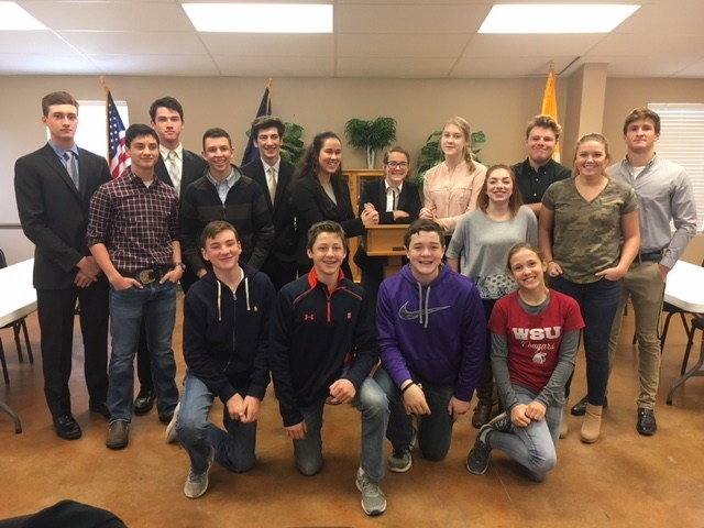 Mason High School swept District CX Debate yesterday.  Grace Chapman & Jenna Johnson placed 1st.  Josh Fluhmann & Reagan Glentz placed 2nd.  Chet Weitz and Zach Norman placed 3rd and are alternates to State. Grace Chapman received the top speaker award.