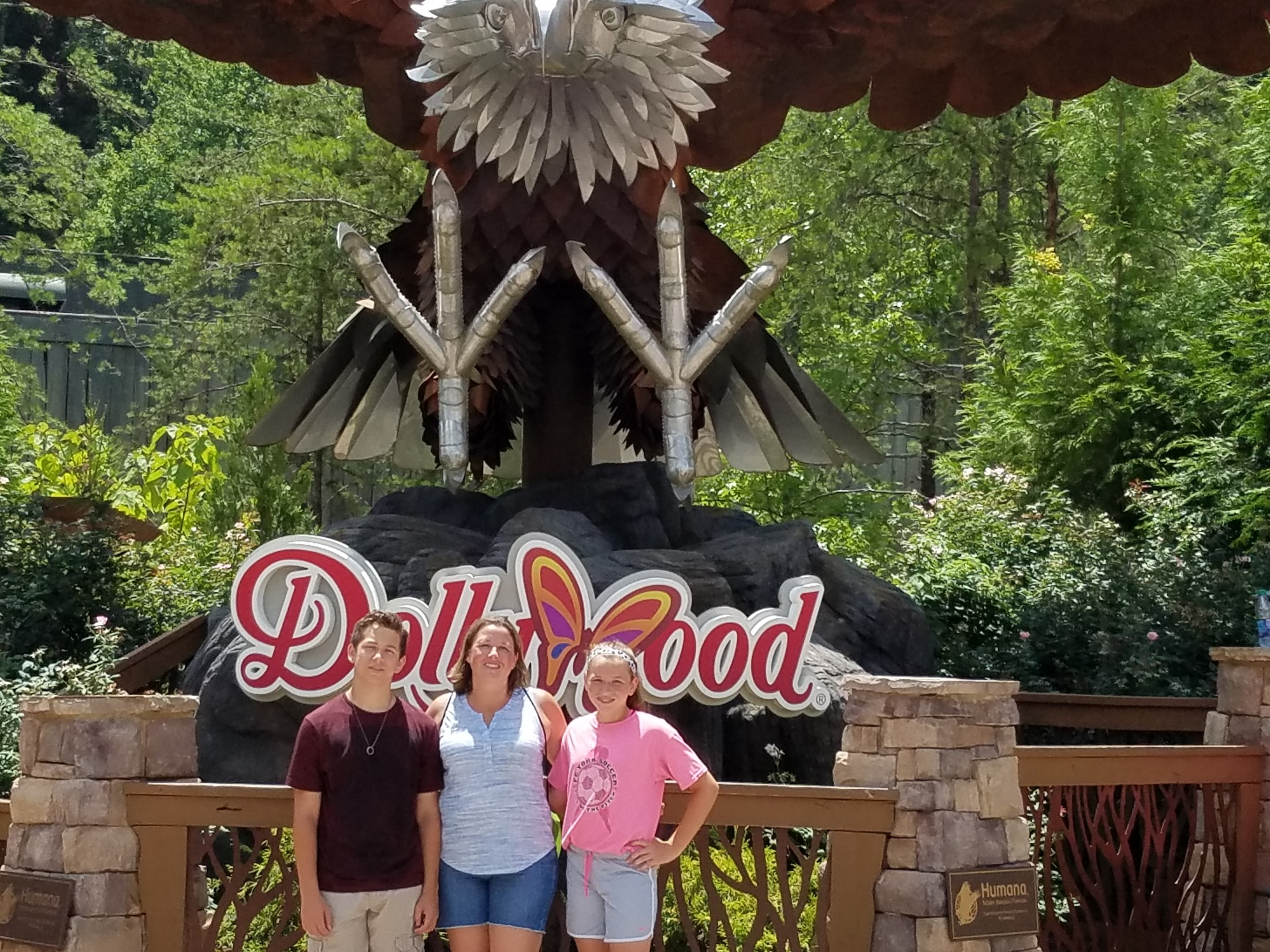 A stop at Dollywood Amusement Park