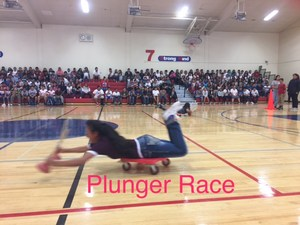 Plunger race