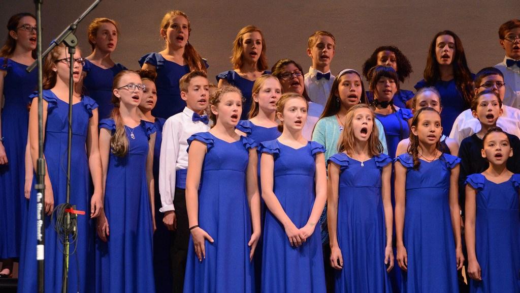Middle school chorus performance